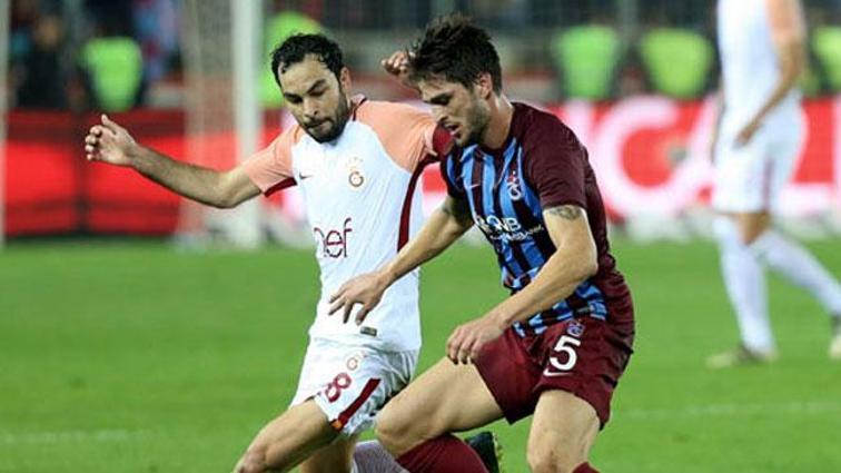 Trabzonspor'da Okay Yokuşlu, Galatasaray maçında oynamayabilir