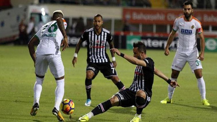 Beşiktaş Alanyaspor'u tek golle geçti