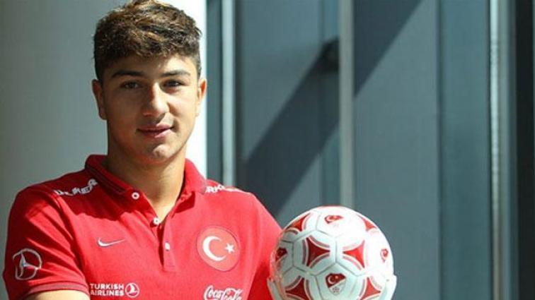 Güven Yalçın 4 yıllığına Beşiktaş'ta!