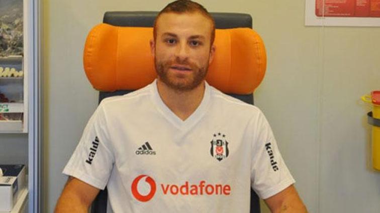 Beşiktaş'ta 4 futbolcu sağlık kontrolünden geçti