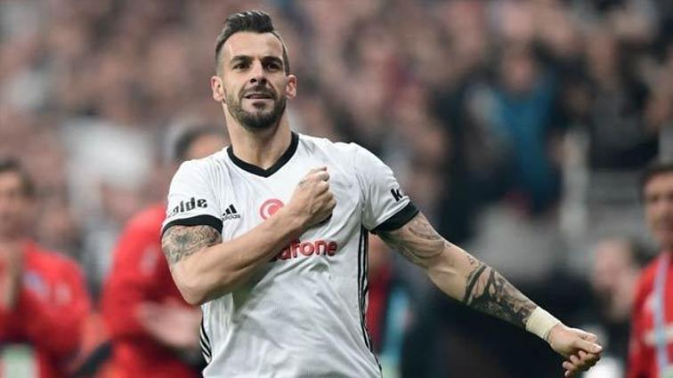 Negredo gerekirse Beşiktaş'a para kazandırmadan takımdan ayrılacak