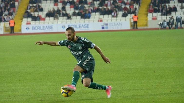 Çaykur Rizespor, eski oyuncusu Eren Albayrak'ı kadrosuna katmanın hesaplarını yapıyor