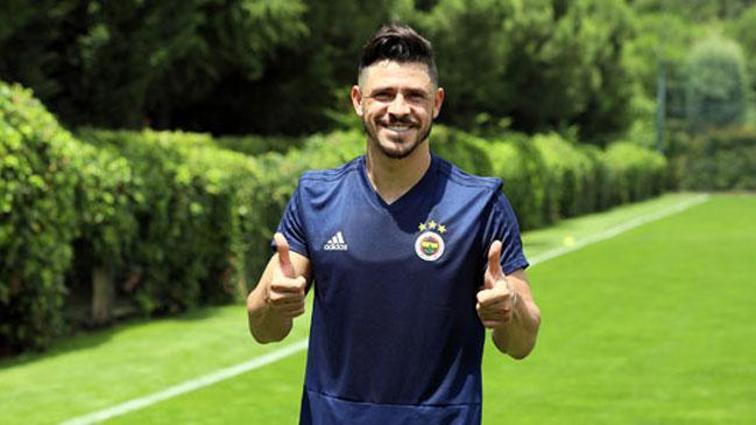 Giuliano'dan Fenerbahçe'nin yeni teknik direktörü Phillip Cocu'ya övgü