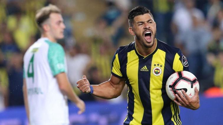 Fenerbahçe'de Giuliano'nun yerine transfer edilen isimler bekleneni veremedi