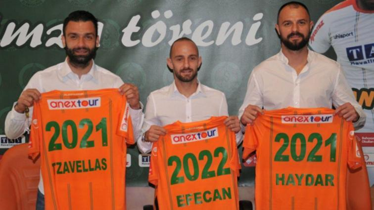 Aytemiz Alanyaspor; Efecan Karaca, Haydar Yılmaz ve Tzavellas'ın sözleşmelerini uzattı