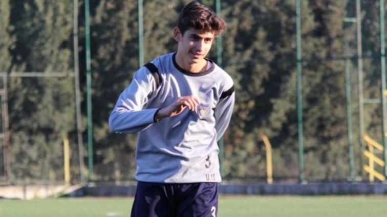 Fenerbahçe, Bucaspor'un U16 takımından Kaan Öztürk'ü transfer etti