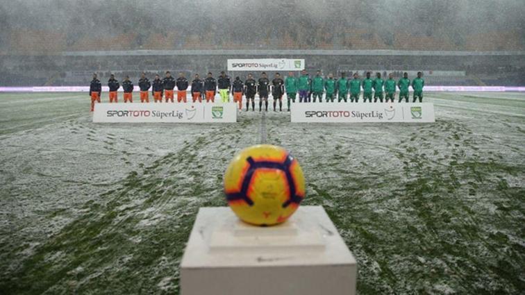 Bursaspor, tatil edilen Medipol Başakşehir maçının kaldığı yerden başlayacağını duyurdu