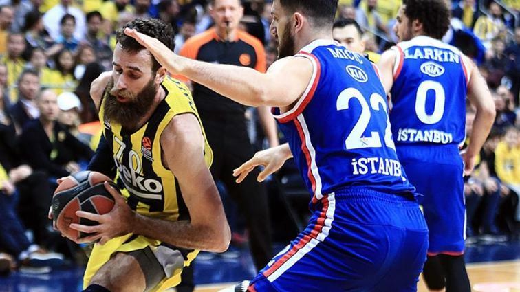 Fenerbahçe Beko, Anadolu Efes'i 84-66 mağlup etti