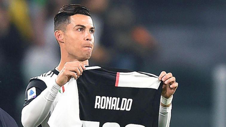 Cristiano Ronaldo'ya Instagram hesabını 100 milyon euro karşılığında kiralama teklifi