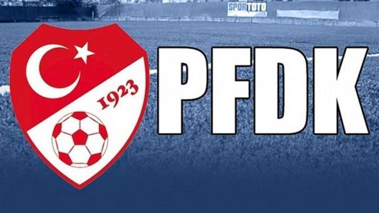 10 Süper Lig ekibi, Futbol Menajerleri İle Çalışma Talimatı'na aykırı hareketten PFDK'lık oldu