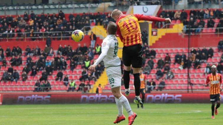 Kayserispor Konyaspor karşısında 2-0'dan döndü, 1 puanı kaptı
