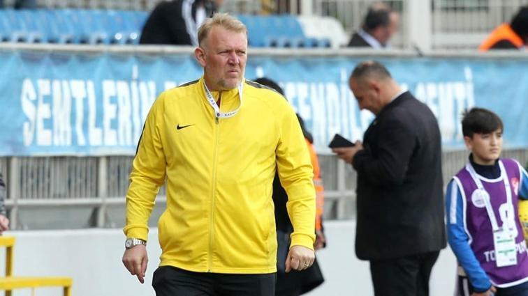Prosinecki'den acı itiraf: 'Rakip 10 dakikada maçı bitirdi'