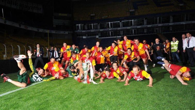 Galatasaray'dan Fenerbahçe'ye 19:05'te olay gönderme!