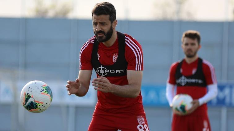 Sivasspor top kapma, pas ve pres çalıştı