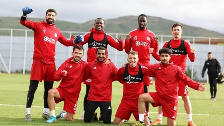 DG Sivasspor'da bol kahkahalı idman