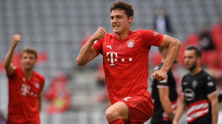 Bayern Münih, üst üste sekizinci şampiyonluğuna koşuyor