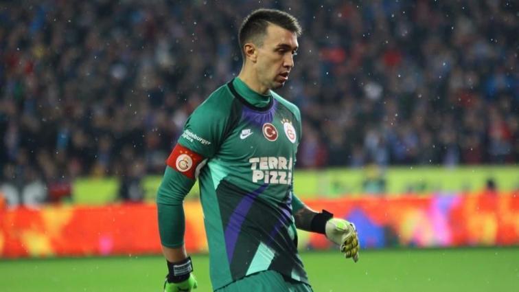 Galatasaray, Fernando Muslera'nın yerine 5 aday belirledi