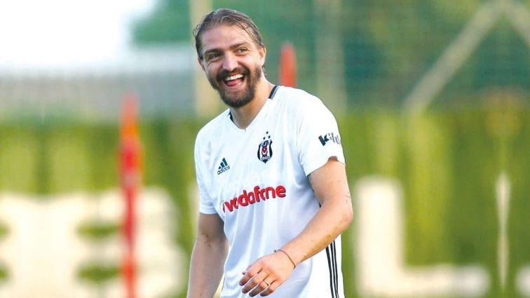 Caner Erkin'in oğlu Çınar, babasının yeni takımını açıkladı