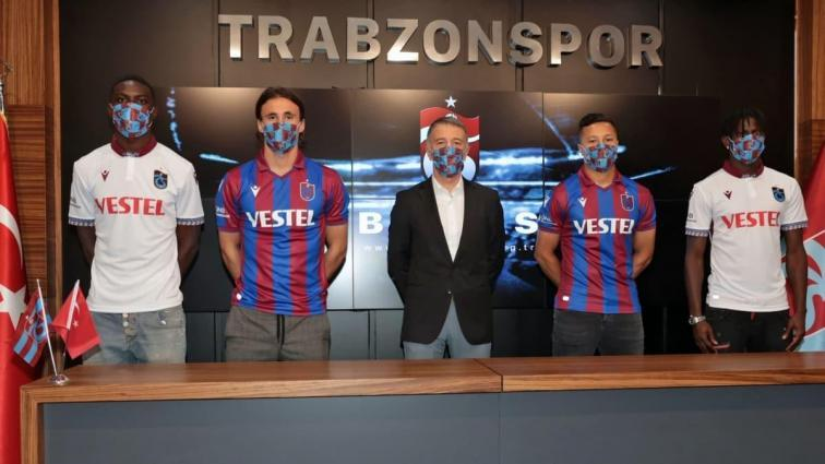 Trabzonspor'dan imza şov