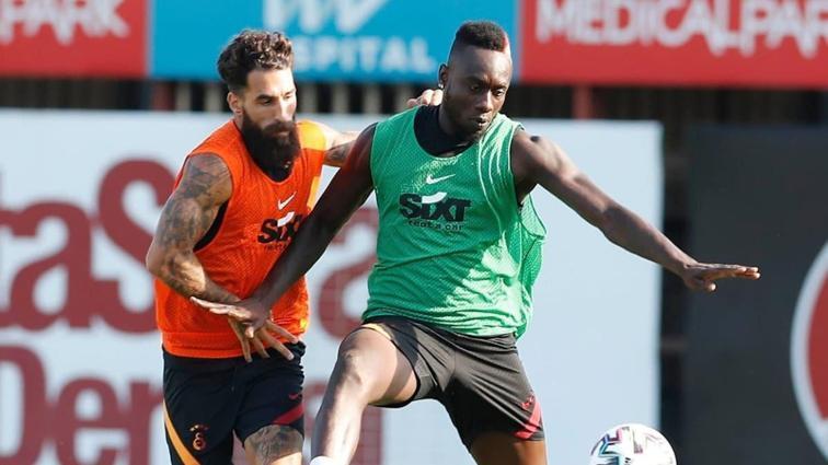 Yeni sezon hazırlıklarını sürdüren Galatasaray taktik çalıştı