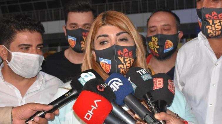 Berna Gözbaşı: Forvetimiz yolda geliyor, pazartesi imzalayacağız