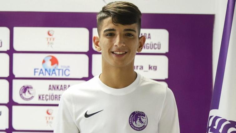 Fenerbahçe'nin de gündemine gelen Bilal Budak, Ankara Keçiörengücü'ne transfer oldu