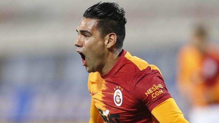 Galatasaray'da dünkü idmanda sakatlanan Radamel Falcao, Sivasspor maçında yok