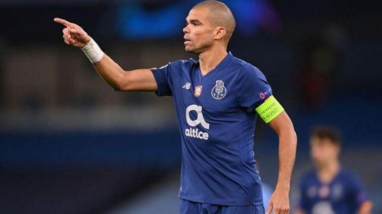 Pepe Eylül ve Ekim'in en iyi savunmacısı seçildi