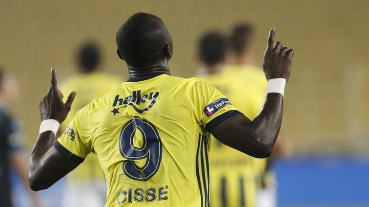 Fenerbahçe'de Samatta'nın yokluğunda Cisse'ye güveniliyor
