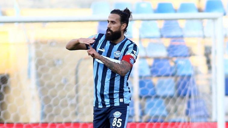 Adana Demirspor, Erkan Zengin ve Volkan Şen'den kendilerine takım bulmasını istedi