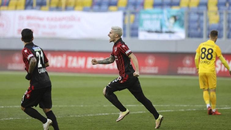 Gençlerbirliği'nden Berat Özdemir'den maç sonu olay sözler