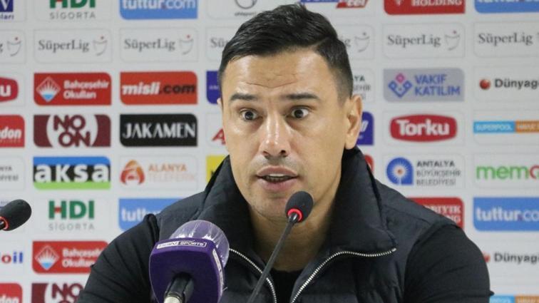 Çağdaş Atan'dan Fenerbahçe'ye olay sözler: Kendimi zor tutuyorum