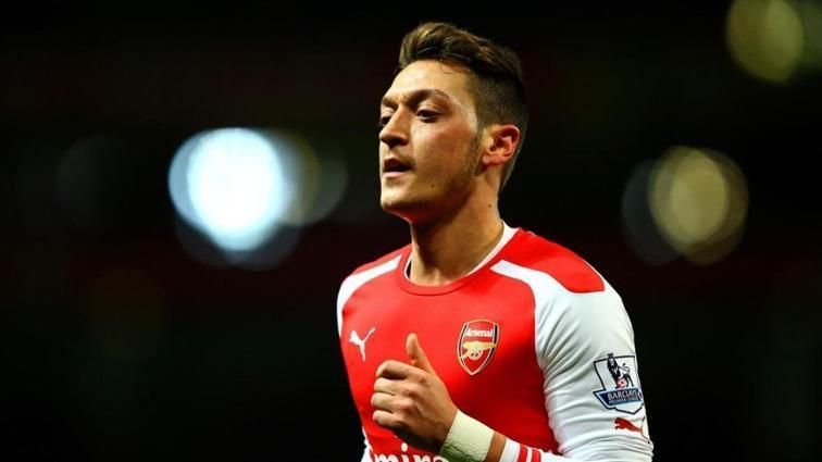Mesut Özil için satış şart