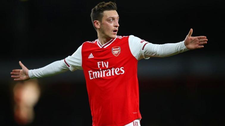 Mesut Özil'in sözleşmesi feshediliyor