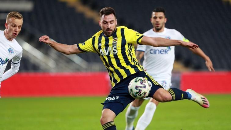 Fenerbahçe'ye Sinan Gümüş'ten kötü haber