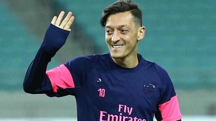 Mesut Özil'in İstanbul'a geliş tarihi belli oldu