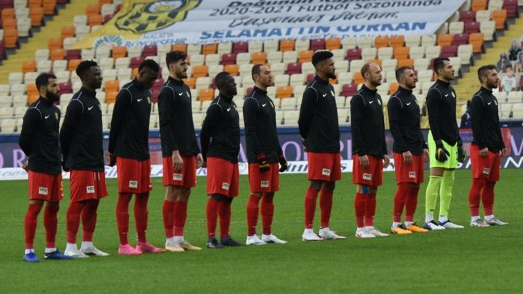 Yeni Malatyaspor'da alacakları ödenmeyen futbolcular belirlenen saatte idmana çıkmadı