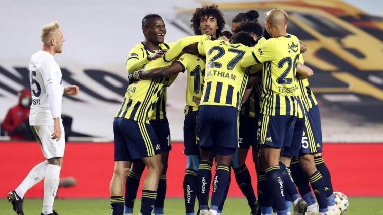 Fenerbahçe düşme hattıyla oynadığı maçlarda firesiz ilerliyor