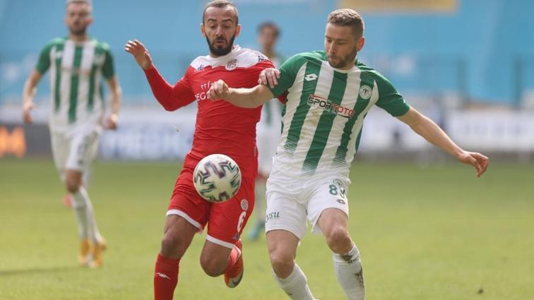 Konyaspor konuk ettiği Antalyaspor ile 0-0 berabere kaldı
