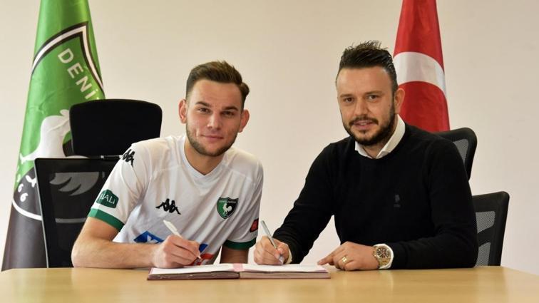 Denizlispor altyapısından 3 futbolcu ile profesyonel sözleşme imzaladı
