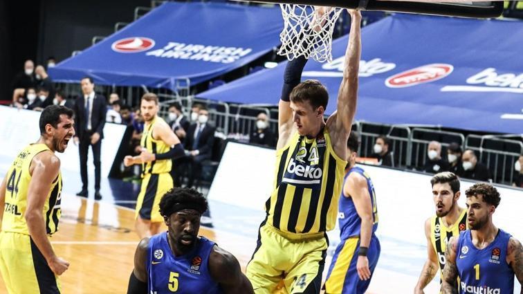 Fener, EuroLeague'de önüne geleni deviriyor!