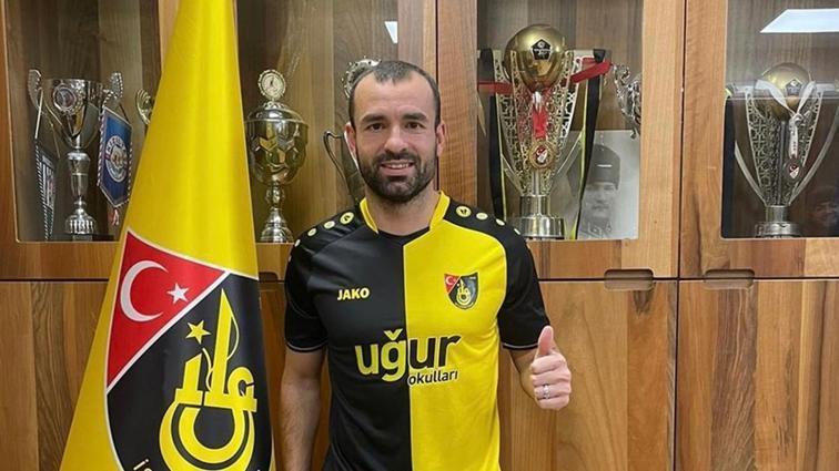 Mehmet Uslu İstanbulspor'a transfer oldu