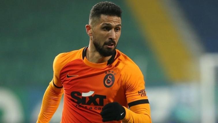 Galatasaray'da Emre Akbaba azalarak yok oluyor! Yine tepki çekti...