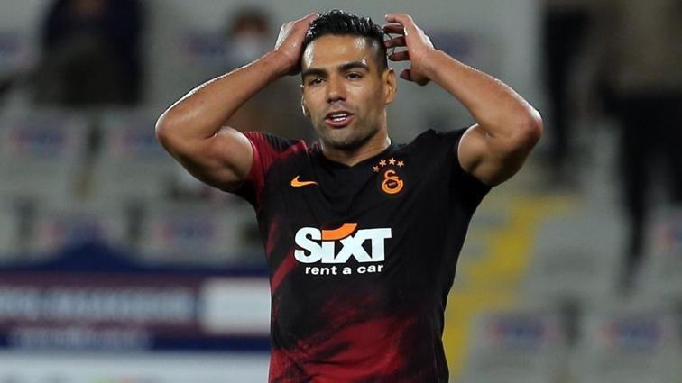 Transferin bitimine 2 gün kala Galatasaray'dan Radamel Falcao kararı