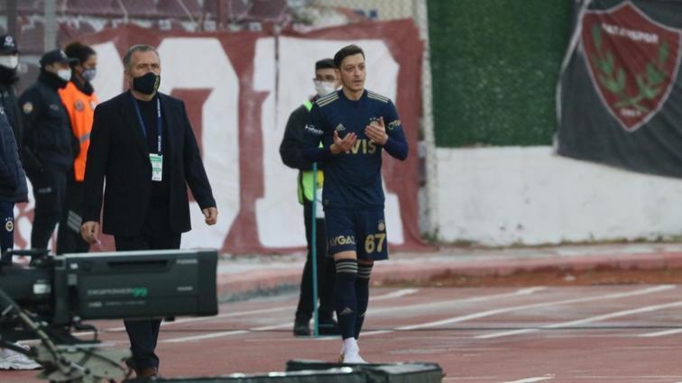 Mesut Özil,  Fenerbahçe'de siftah yaptı