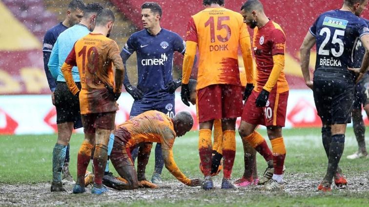 Galatasaray o tarihi anları Metin Oktay Tesisleri'ne astıracak