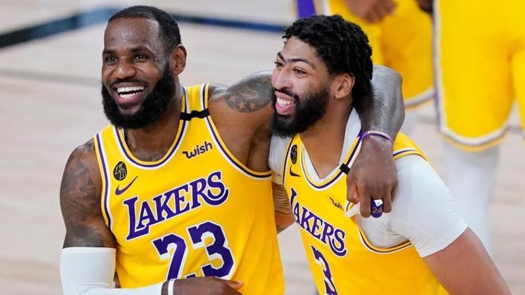 Lakers'ta Anthony Davis bir süre sahalardan uzak kalacak