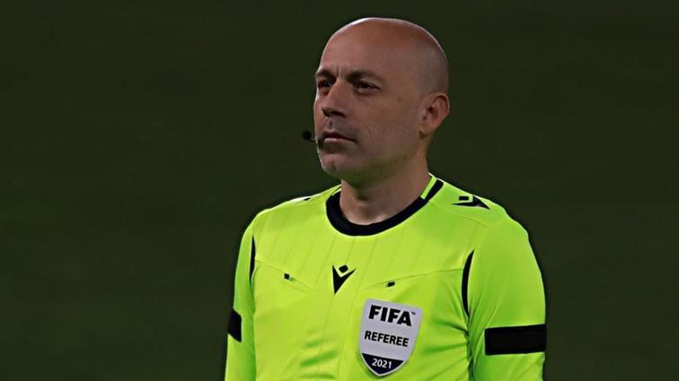 UEFA Avrupa Ligi'ndeki Benfica-Arsenal maçında Cüneyt Çakır düdük çalacak