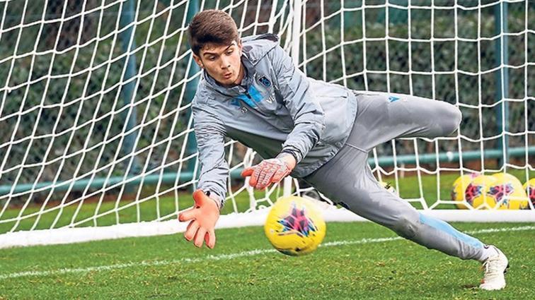 Trabzonspor Başakşehir maçına liseli kalecisiyle çıkacak