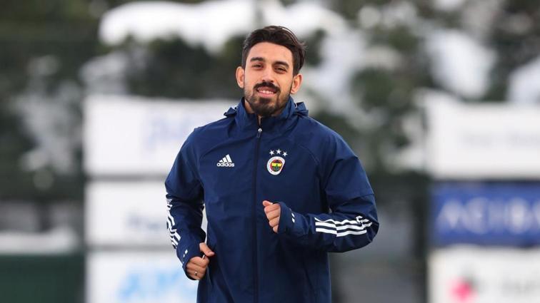 Fenerbahçe'nin yeni transferi İrfan Can Kahveci, Trabzonspor derbisinde sahada